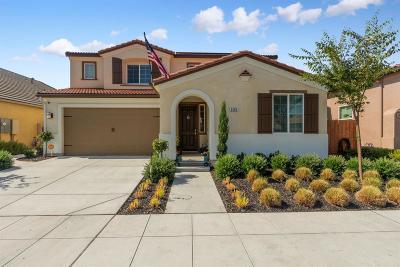 Clovis Single Family Home For Sale: 3662 Pontiac Avenue