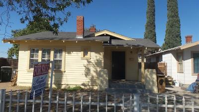 Single Family Home For Sale: 517 N Farris Avenue