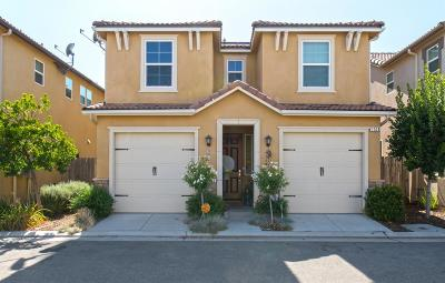 Clovis Single Family Home For Sale: 1516 N Piccadilly Lane