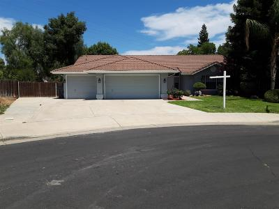 Clovis Single Family Home For Sale: 323 Evergreen Avenue