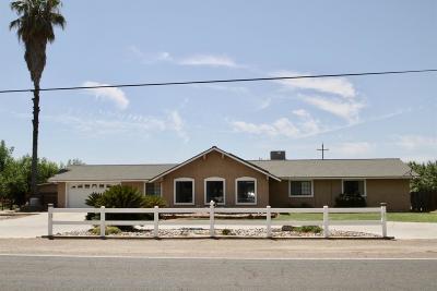 Laton CA Single Family Home For Sale: $750,000
