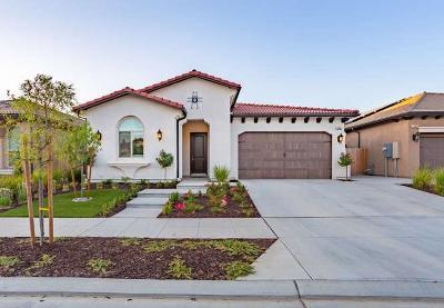 Clovis Single Family Home For Sale: 2933 Moody Avenue