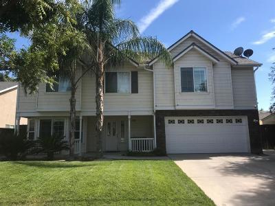 Kerman Single Family Home For Sale: 15947 W C Street