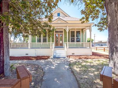 Madera Single Family Home For Sale: 424 N D Street