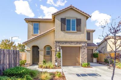 Clovis Single Family Home For Sale: 3011 Glacier Lane