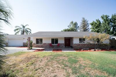 Clovis Single Family Home For Sale: 9495 E Bullard Avenue