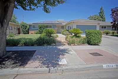 Single Family Home For Sale: 2814 E Palo Alto Avenue
