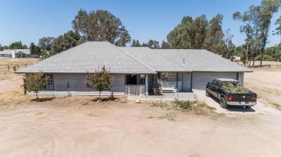 Madera Single Family Home For Sale: 37641 Berkshire Drive