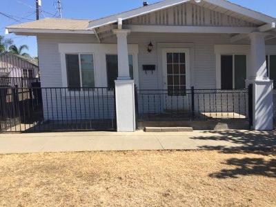 Dinuba Single Family Home For Sale: 388 N J Street