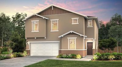 Fresno Single Family Home For Sale: 6639 W Parr Avenue #22