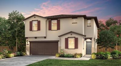 Fresno Single Family Home For Sale: 6640 W Fallon Avenue #49