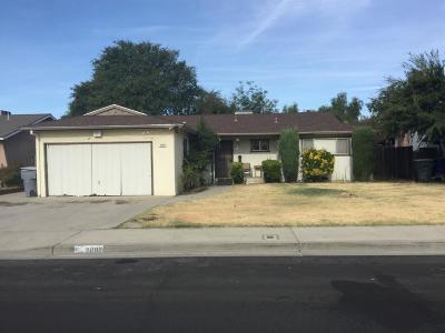 Clovis Single Family Home For Sale: 2886 Bush Avenue