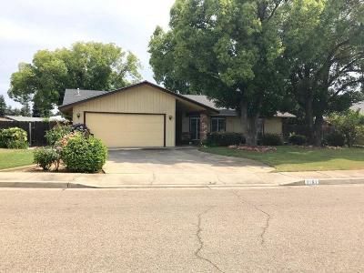 Sanger Single Family Home For Sale: 2161 3rd Street