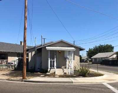 Selma CA Single Family Home For Sale: $99,900