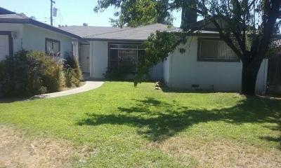 Single Family Home For Sale: 4874 E Rialto Avenue