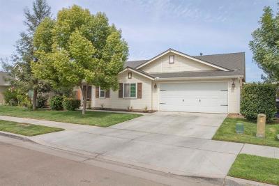 Reedley Single Family Home For Sale: 180 E Carpenter Avenue