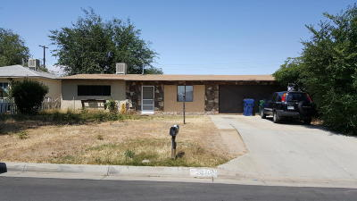 Palmdale Single Family Home For Sale: 38709 E 4th Street