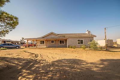 Lancaster Single Family Home For Sale: 16606 E Avenue J