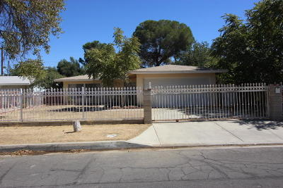 Palmdale Single Family Home For Sale: 38286 Hendon Drive
