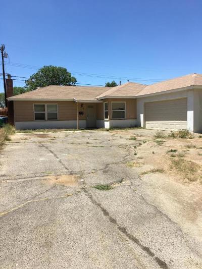 Lancaster Single Family Home For Sale: 43909 Kirkland Avenue
