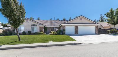 Palmdale Single Family Home For Sale: 5330 Jaime Court