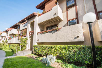 Santa Clarita Condo/Townhouse For Sale: 18012 Saratoga Way #Unit 525