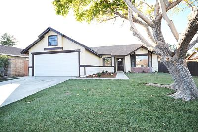 Lancaster Single Family Home For Sale: 43039 Cromley Court