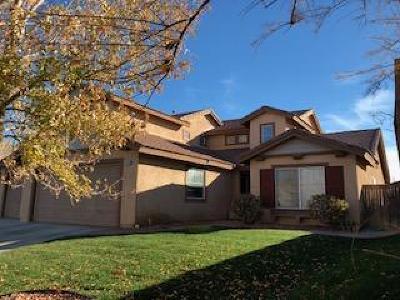 Rosamond Single Family Home For Sale: 3266 Desert Cloud Avenue