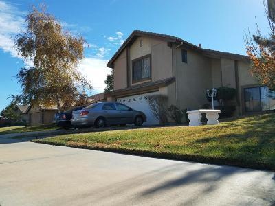 Palmdale Single Family Home For Sale: 2906 E Avenue Q3 Avenue