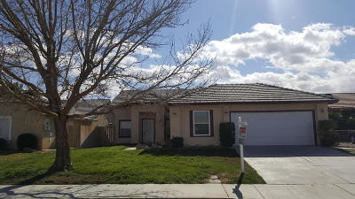 Rosamond Single Family Home For Sale: 2610 Cold Creek Avenue