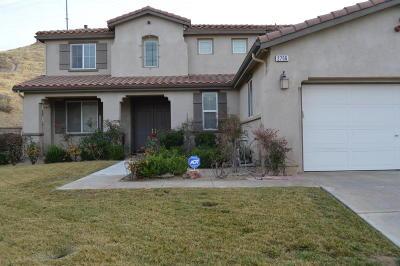 Palmdale Single Family Home For Sale: 2706 Moonwort Terrace