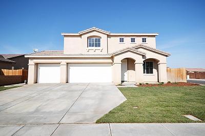 Rosamond Single Family Home For Sale: 3305 Brabham Avenue