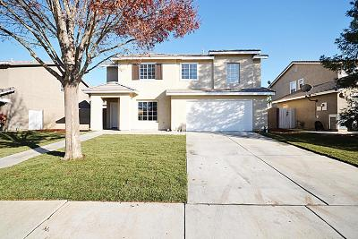 Palmdale Single Family Home For Sale: 37866 Tamara Place