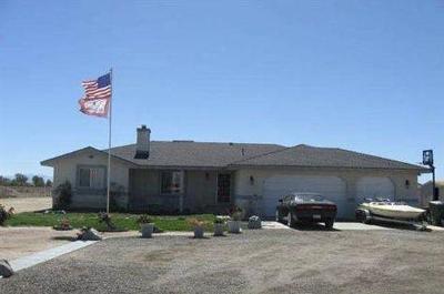 Rosamond Single Family Home For Sale: 6424 Astoria