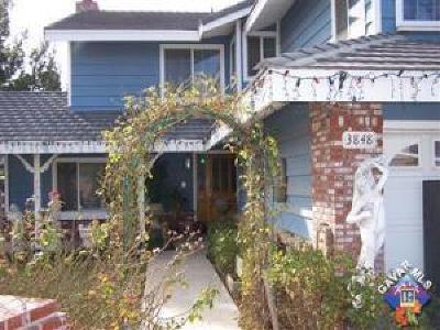 Palmdale Single Family Home For Sale: 3848 E Avenue T4
