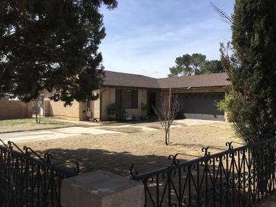 Quartz Hill Single Family Home For Sale: 5106 W Ave L