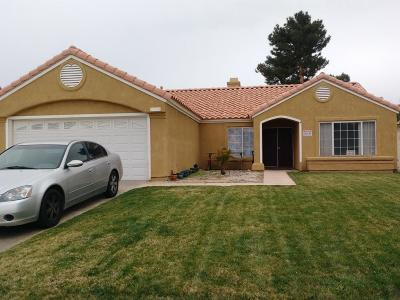 Palmdale Single Family Home For Sale: 1554 Windsor Place