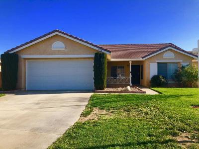 Rosamond Single Family Home For Sale: 3750 Cedarwood Court