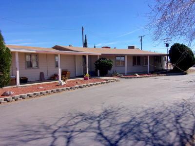 Rosamond Single Family Home For Sale: 5767 W Rosamond Boulevard