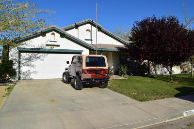 Rosamond Single Family Home For Sale: 2302 Greenhill Street