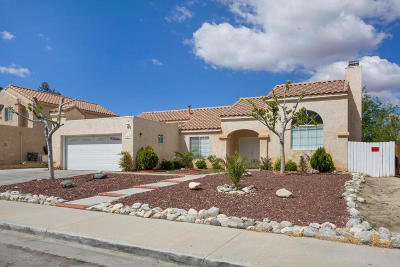 Palmdale Single Family Home For Sale: 37237 Little Sycamore Street
