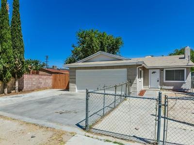 Palmdale Single Family Home For Sale: 1211 E Avenue Q5