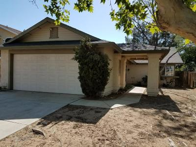 Lancaster Single Family Home For Sale: 44923 E 17th Street