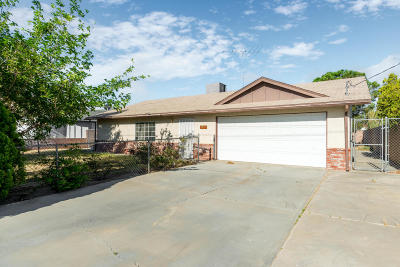 Rosamond Single Family Home For Sale: 2721 W 28th Street