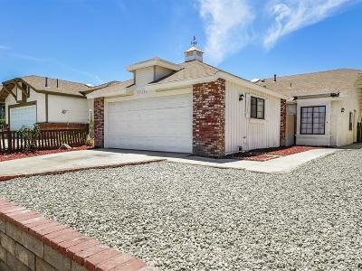 Palmdale Single Family Home For Sale: 37639 Melton Avenue
