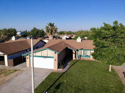 Palmdale CA Single Family Home For Sale: $309,000