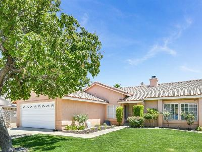 Palmdale CA Single Family Home For Sale: $370,000