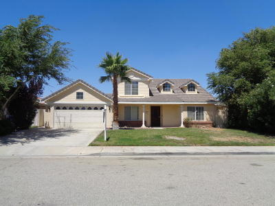 Palmdale CA Single Family Home For Sale: $327,000