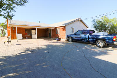 Palmdale Single Family Home For Sale: 2215 Moonshadow Ranch Road