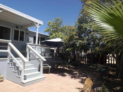 Rosamond Single Family Home For Sale: 25749 Dinkey Avenue